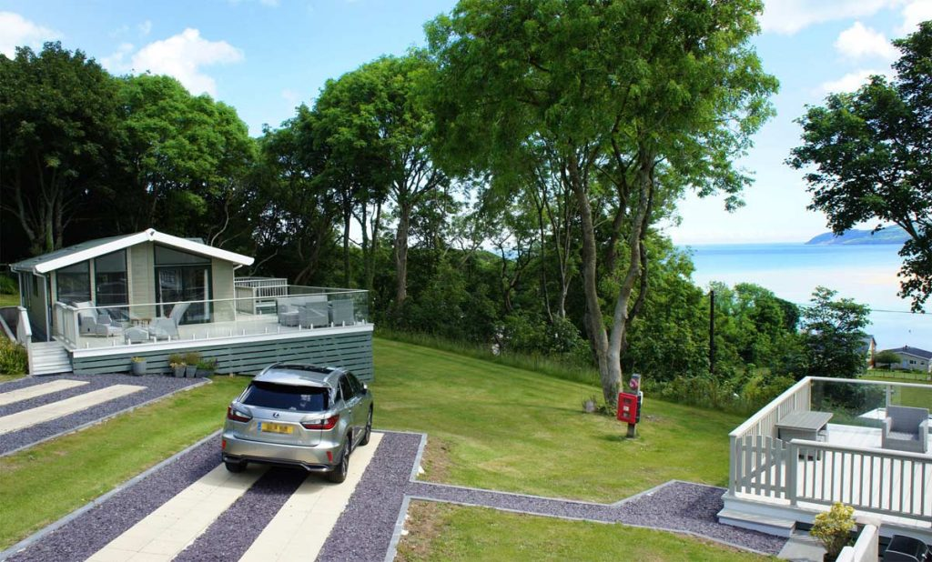 Luxury lodge with seaviews on Anglesey